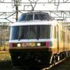 JR東日本、新潟~弥彦間で「きらきらうえつ」「NO.DO.KA」の初詣列車を運転