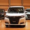 【トヨタ エスクァイア 発表】角度によって見え方が違うフロントグリル