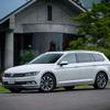 【VW パサート ヴァリアント 試乗】賢い買い物をしたいなら…鈴木ケンイチ