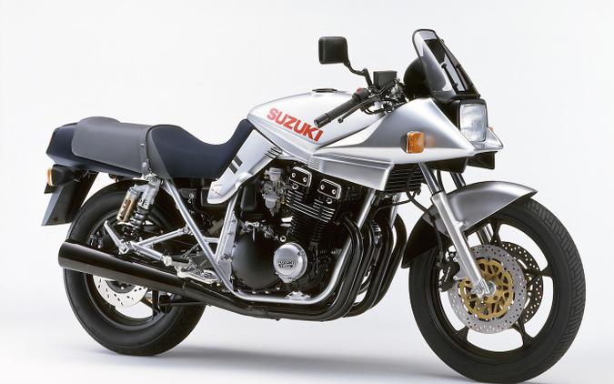 1980年 GSX1100S KATANA