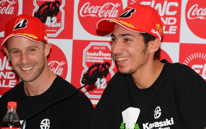 右:トプラク・ラズガットリオグル/左:ジョナサン・レイ(ともにKawasaki Racing Team Suzuka 8)