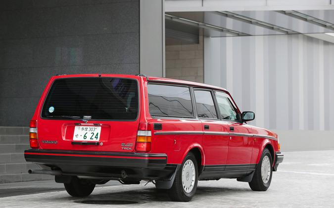ボルボ 240ワゴン