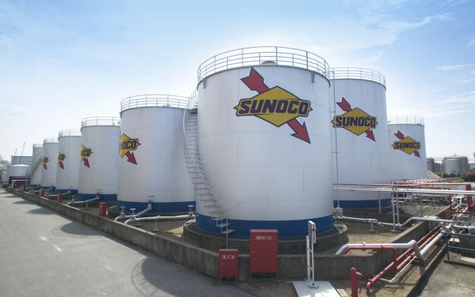 日本サン石油株式会社市川工場オイルタンク