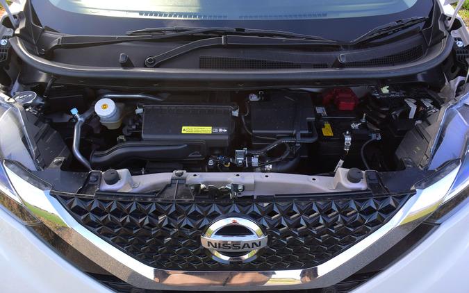 エンジンは性能、騒音・振動とも平凡だったが、マイルドハイブリッド化が奏功してか、パフォーマンスはまあまあだった。