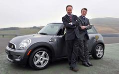 MINIの電気自動車…英国でも実証実験 画像