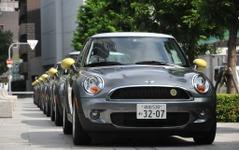 【MINI E 実証実験】大阪で一般ユーザーに引き渡し…第2期スタート 画像