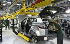 ランドローバー、英国工場に1000人追加雇用…イヴォーク の需要に対応 画像