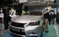 【上海モーターショー13】レクサス GS 新型に GS300h …2.5直4ハイブリッド追加 画像