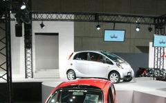 【東京オートサロン06】量産予定車の先行展示に注目 画像