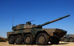 陸上自衛隊、配備間近の「機動戦闘車」を一般初公開 画像