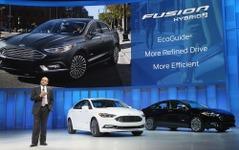 【デトロイトモーターショー16】フォード フュージョンに2017年型…325馬力ターボの「スポーツ」登場 画像