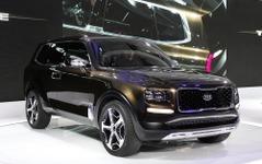 【デトロイトモーターショー16】キアの大型SUVコンセプト、テルライド …400馬力のPHV 画像