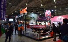 【東京オートサロン16】創立80周年のNGK、プレミアムRXプラグの知名度向上ねらう 画像