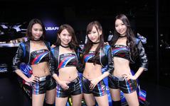 【東京オートサロン16】コンパニオン…SUBARU / STI 画像