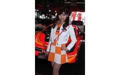 【東京オートサロン16】コンパニオン…オートバックスグループ 画像