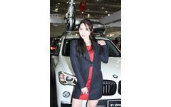 【東京オートサロン16】コンパニオン…BMWジャパン 画像