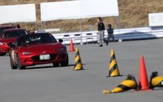 マツダ開発陣らも参加、オーナー向けドライビングレッスン…3月19日 富士 画像