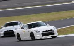 R35 GT-R ドライビングレッスン、富士で3月4日開催…インストラクターは鈴木利男氏 画像
