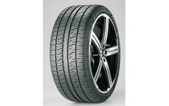 テスラの新型SUV モデルX、ピレリとの共同開発タイヤを純正装着 画像