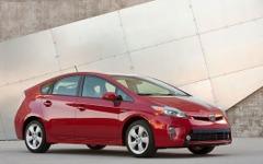米国ハイブリッド車販売、プリウス が18万台で制す…2015年 画像