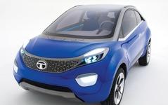 【デリーモーターショー16】タタ、ネクソン の市販モデル発表へ…小型SUV 画像