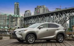 【新聞ウォッチ】米の好景気は本物か? レクサス販売は過去最高、NSX の1号車1億4500万円で落札 画像