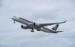 シンガポール航空の A350XWB 初号機、初飛行に成功 画像