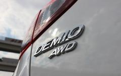 降雪地以外でも積極的に選べる…マツダ デミオ、AWDモデルに乗ってみた 画像