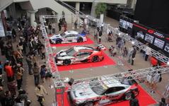 【大阪オートメッセ16】恒例のSUPER GTコラボ、トークショーやエンジン始動に会場は熱狂 画像