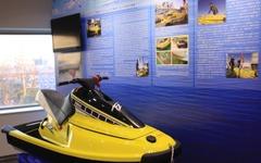 東日本大震災の津波で5000km流されたマリンジェット、ヤマハが修復 画像