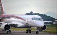 三菱航空機 MRJ、米国航空機リース会社から最大20機受注 画像