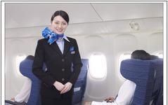 ANA、国際線就航30周年記念特別サービス…歴代客室乗務員の制服を着用して運航 画像
