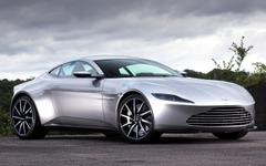 『007』最新ボンドカー、ほぼ4億で落札…アストンマーティン DB10 画像