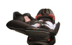 アップリカ、赤ちゃん医学から生まれた回転式チャイルドシート3機種を発売 画像