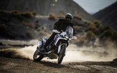 【ホンダ アフリカツイン 試乗】タフな旅バイクはダートの走破性も抜群…青木タカオ 画像