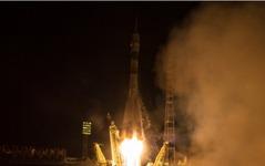 ソユーズTMA-20M宇宙船、国際宇宙ステーションへのドッキングに成功 画像