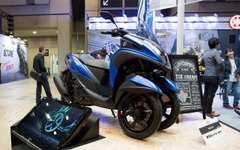 【東京モーターサイクルショー16 動画】ヤマハ、レトロと先進の融合「XSR900」と3輪「トリシティ155」が初公開 画像