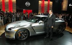 【ロサンゼルスモーターショー07】日産 GT-R 国際デビュー…アフォーダブルスーパーカー 画像
