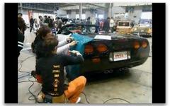 [動画]萌え博2010…YMG1の痛車施工実演ショー 画像