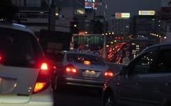 【夏休み】首都高は平日と観光地で渋滞---予測 画像