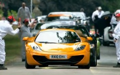 [動画]マクラーレンの新型スーパーカー、グッドウッドを疾走 画像