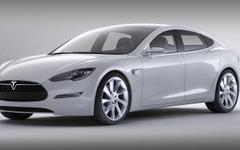 テスラとトヨタのSUV型EV、車名は「モデルX」か 画像
