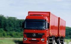 【新型『アクトロス』日本発表】トラックにも息づく「ベンツDNA」 画像