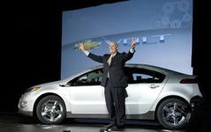 「プリウスはオタクの車」GMのCEOが発言 画像