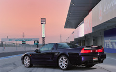 ホンダ NSX、専用純正ディーラーオプションを発売 画像