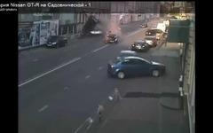 日産 GT-R 、モスクワ市街地で大クラッシュ[動画] 画像
