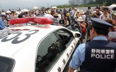 新東名高速をレーシングカーが走った 画像