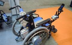 【福祉機器展11】ヤマハ、スマホに電動車いすの情報を表示 画像