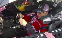 豊田章男社長、NASCAR カムリ 新型に試乗[動画] 画像