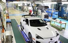 レクサス、2シータースポーツ LFA 500台の生産を完了 画像